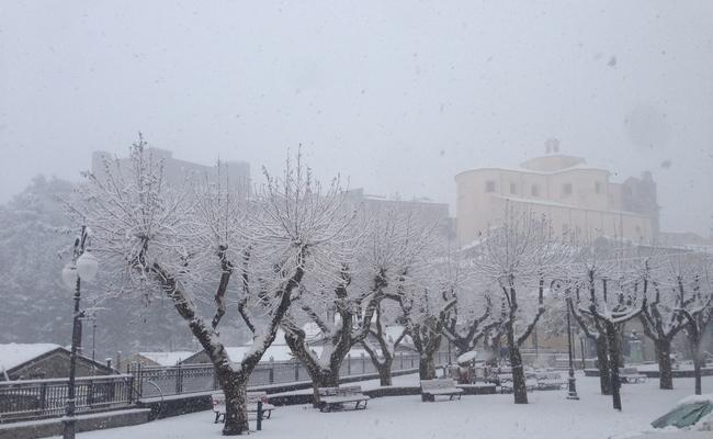 moliterno-neve-5-gen2017-h