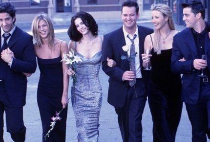 #Friends25: l'omaggio sui social e le sorprese su Google per i 25 anni di FRIENDS, una delle serie tv più amate di sempre